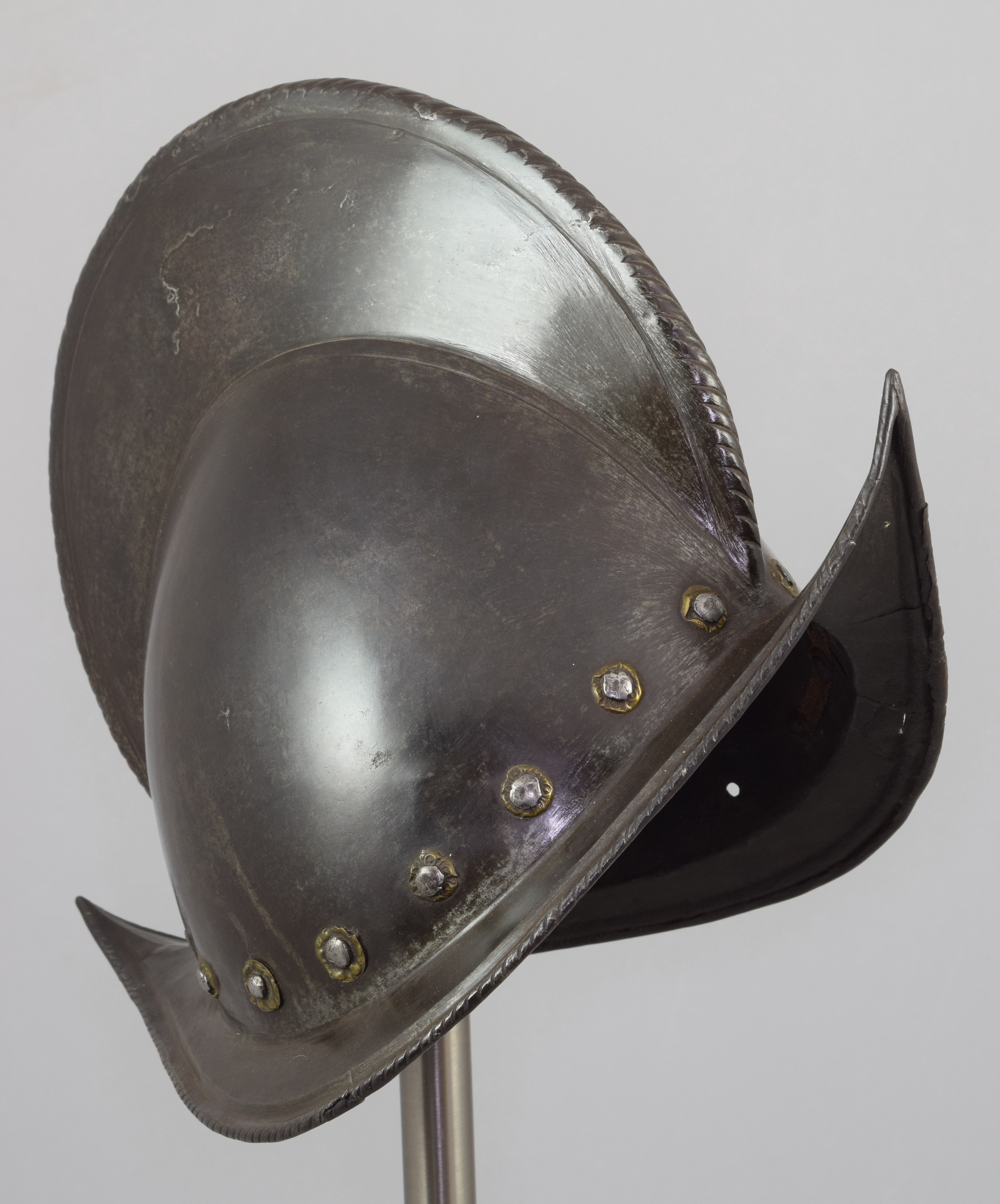 Morion - A-184-grey2-front-angle