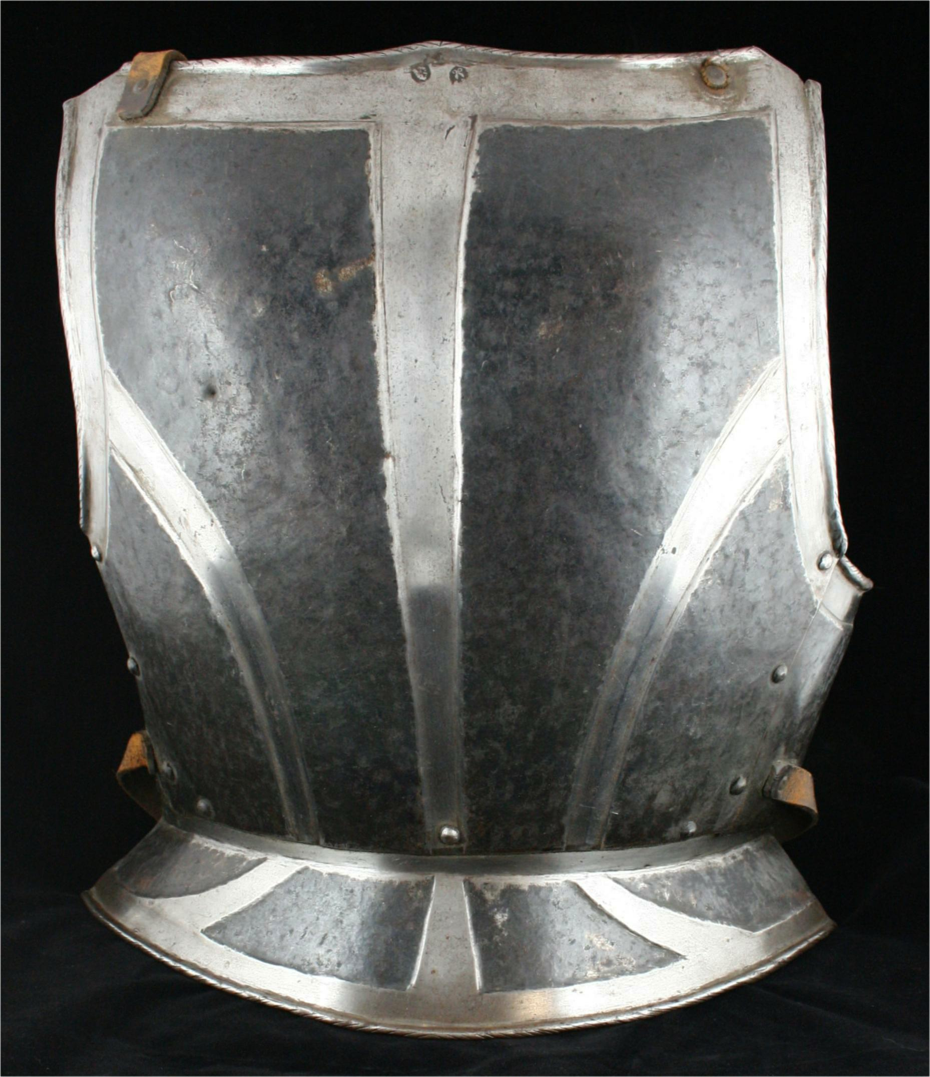 German Black and White Cuirass - A-19a-back