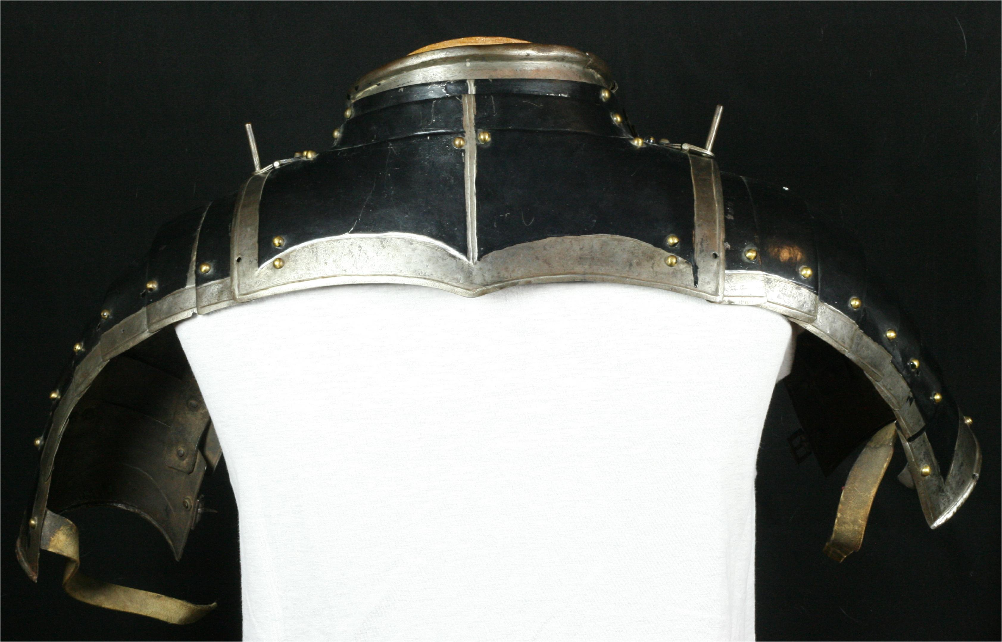 Gorget with munions - A-219-back