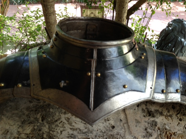 Gorget with munions - A-219gorget
