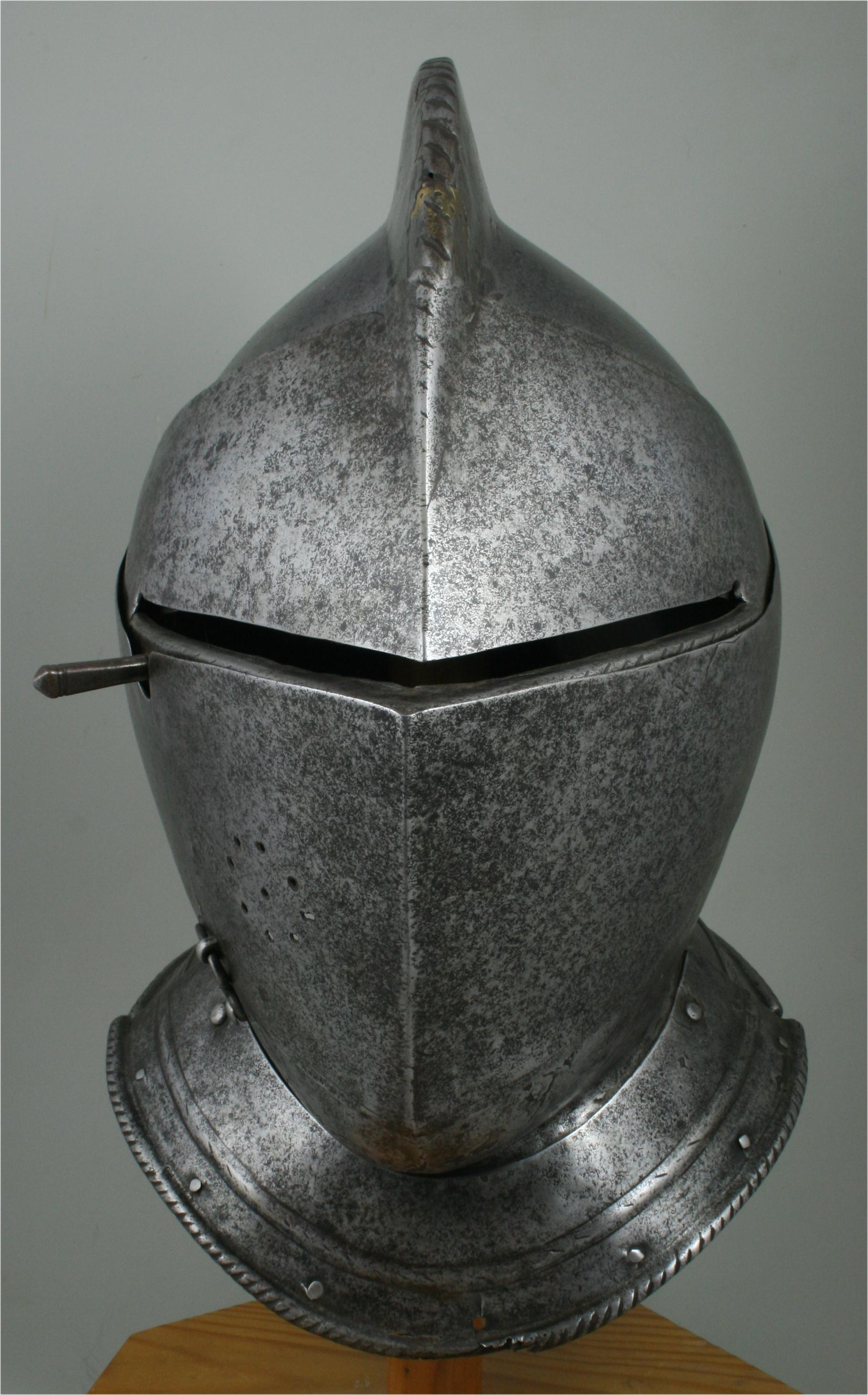 Close Helmet - A-267-a-front