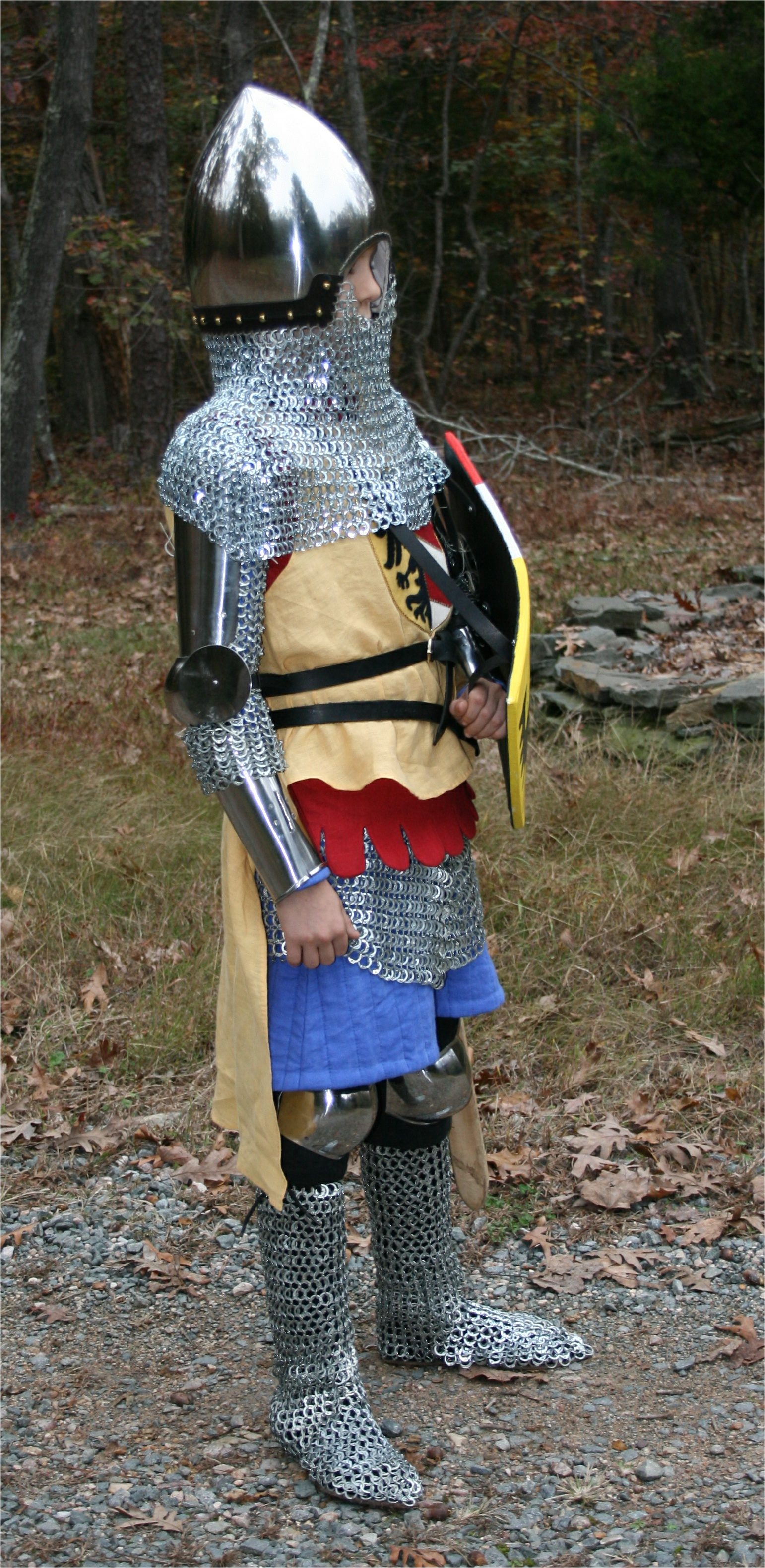 Armour - Geoffrey-1340-sword-side
