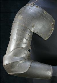 Arm Harness with Pauldron