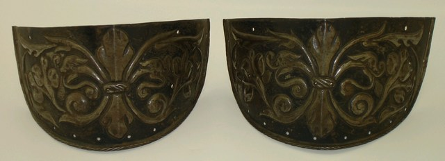 Pair of tasset lower plates